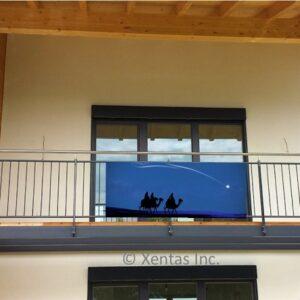 alt=balcony-banner-wise-men